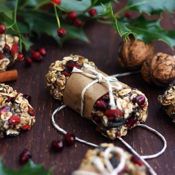 DIY Christmas Gifts: granola bars