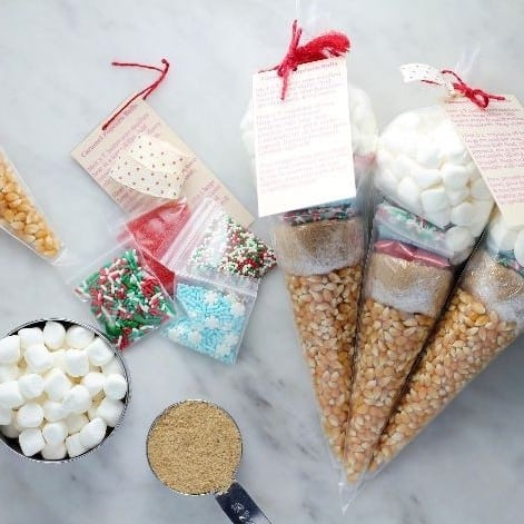 DIY Christmas Gifts: popcorn ball kits