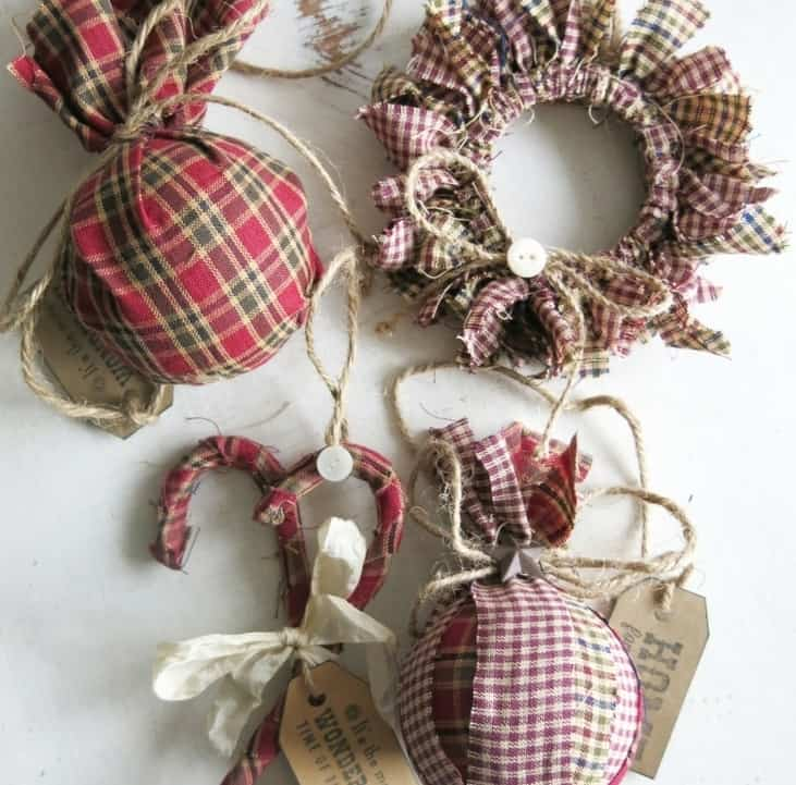 DIY Christmas Gifts: homespun fabric ornaments