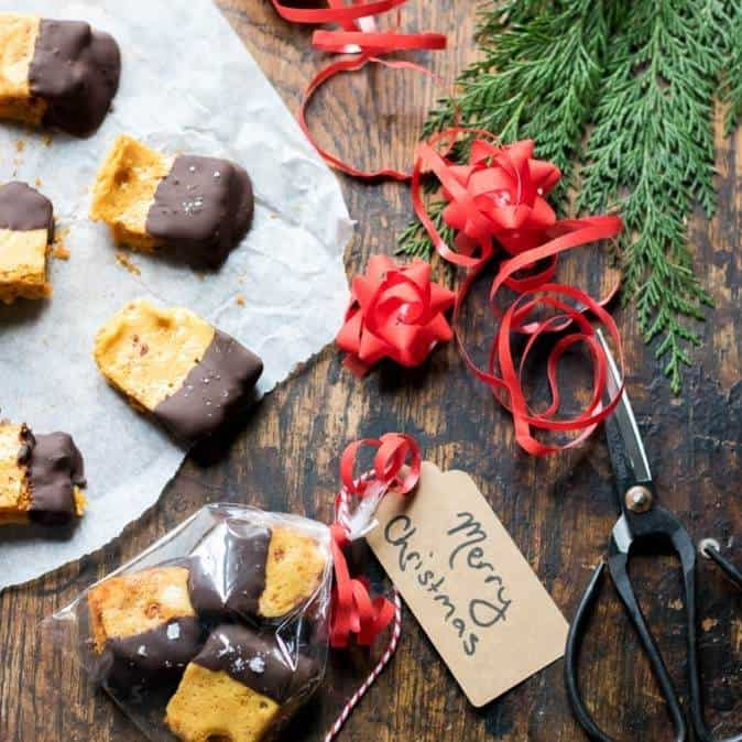 DIY Christmas Gifts: salted chocolate honeycomb