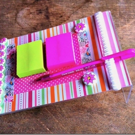 DIY Christmas Gifts: sticky note memo holder