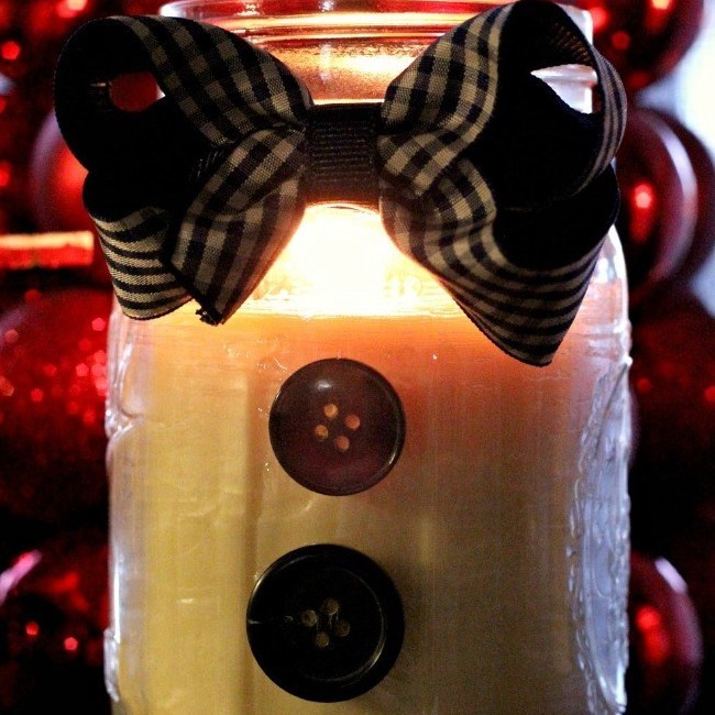 DIY Christmas Gifts: snowman candle