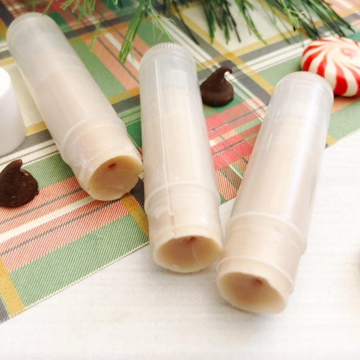 DIY Christmas Gifts: chocolate mint lip balm