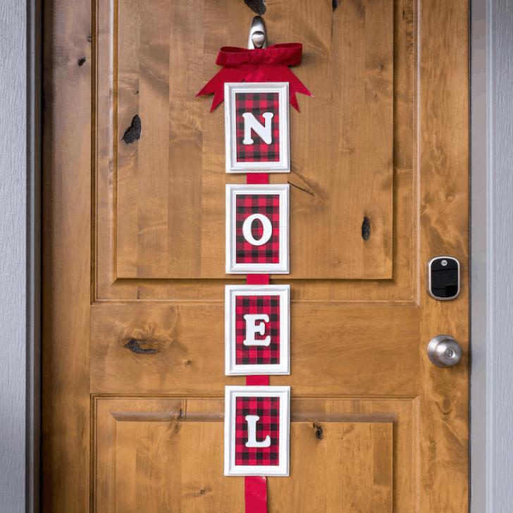 Noel Door Decor